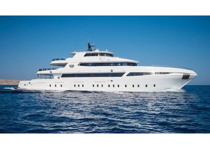 Explorer Ventures Fleet to Red Sea and Announces a New Liveaboard in the Maldives